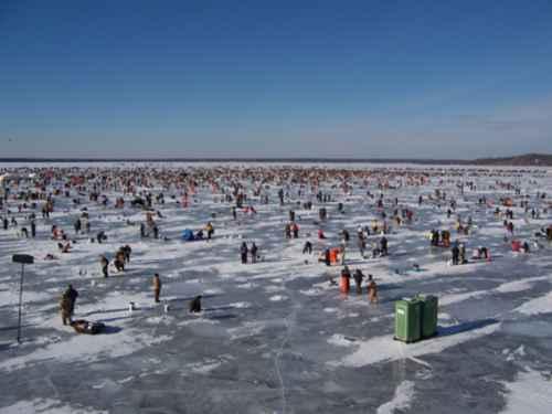 Ice Fishing Extravagan...