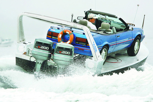 The Pontiac Sunbird Powerboat Is Ridiculous, Yet Awesome